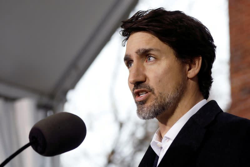 Trudeau calls for 'Team Canada' effort, wants lawmakers to back coronavirus package