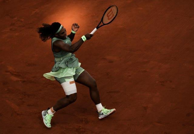 The light fades on Serena Williams' French Open hopes