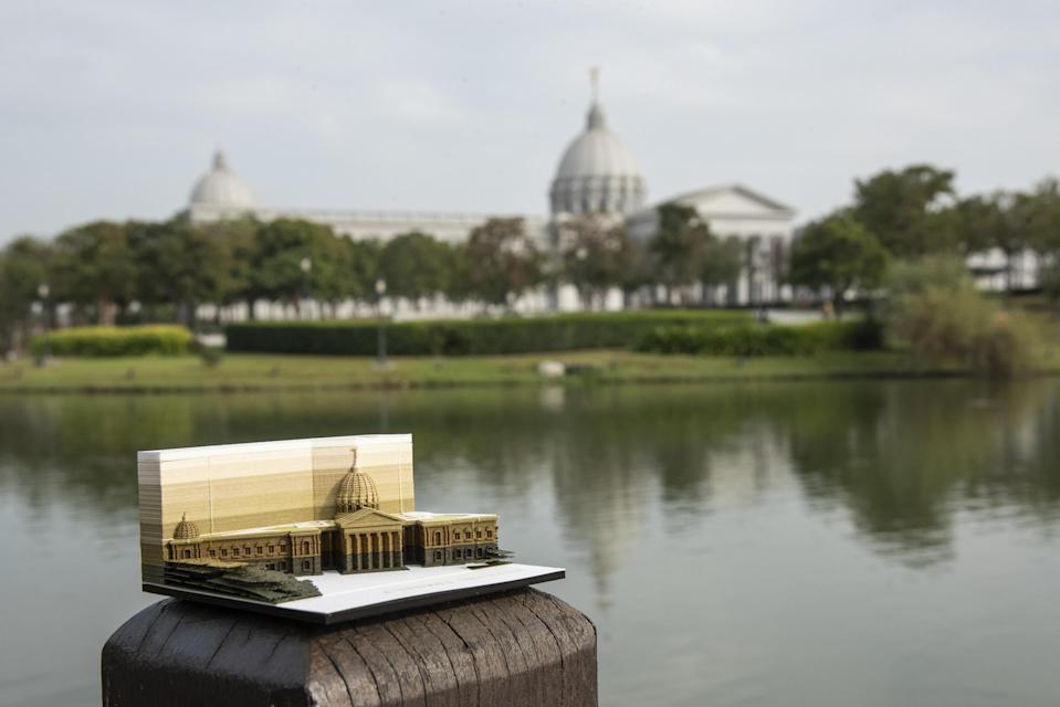 <p>日本品牌TRIAD推出奇美博物館紙箋| The Japanese company recently launched the memo pads that hide the mini version of the art museum in southern Taiwan (Courtesy of Chimei Museum)</p>