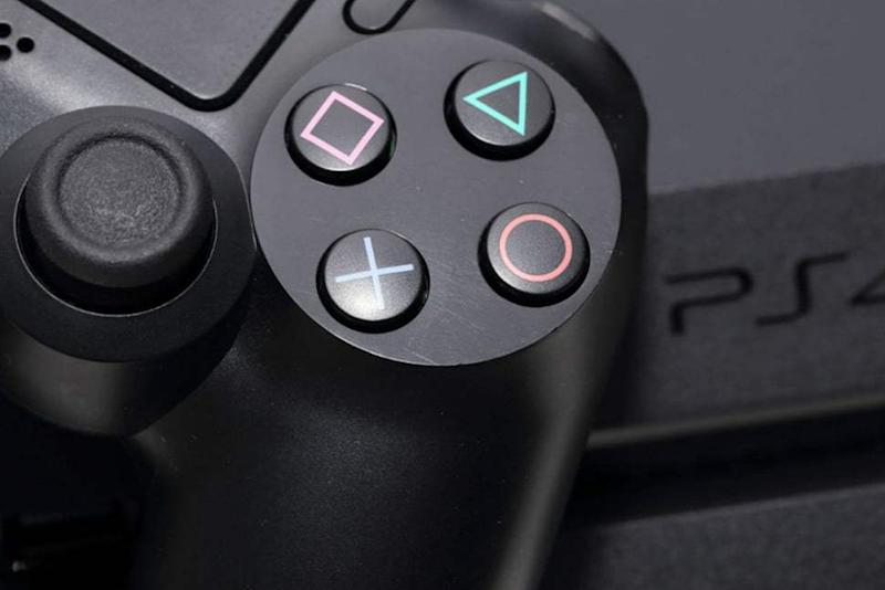 Sony's PlayStation 5 gets Holiday 2020 release date, new controller
