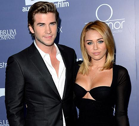 liam hemsworth s brothers luke chris hemsworth staged intervention