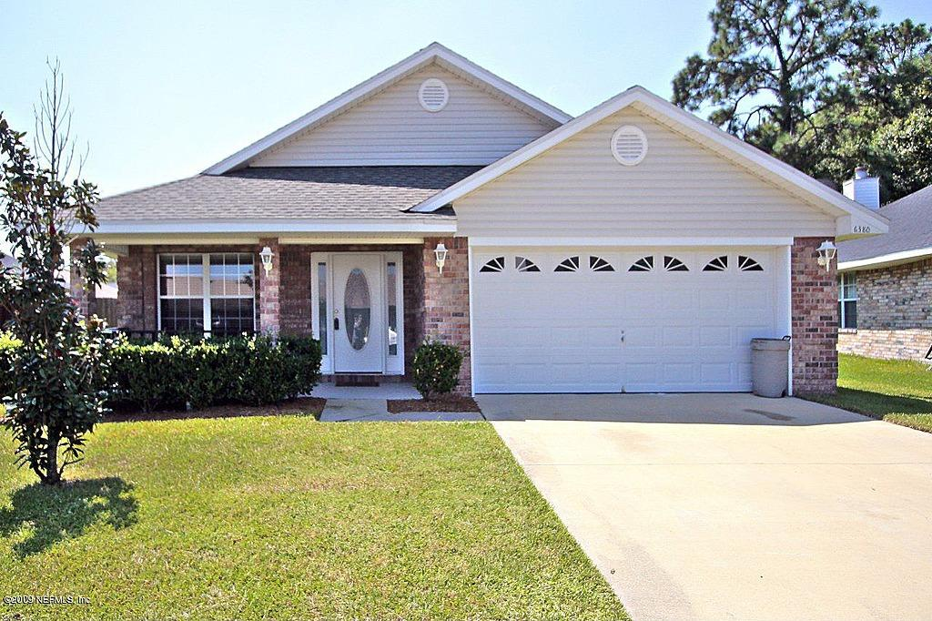"<b><a href=""http://homes.yahoo.com/search/Florida/Jacksonville/homes-for-sale"" target=""_blank"">Jacksonville, FL</a> </b><br><a href=""http://homes.yahoo.com/Florida/Jacksonville/6380-ironside-dr-s:d3292b628bcc05d95db93a719297be3c"">6380 Ironside Dr S, Jacksonville FL</a><p></p> <p>For sale: $176,400</p> <br> <p>Vaulted ceilings, a two-car garage and walk-in closets are some of the features in this 2004-built home. The residence measures 1,874 square feet with 3 bedrooms and 2 baths.</p>"