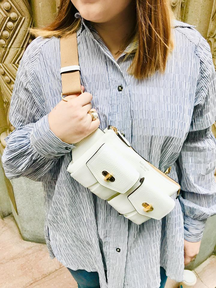 <p>Not only does the strap on this bag adjust in length, but it also clips on from both sides. This makes it easier to wear as both a crossbody or belt bag, depending on the look you're going for.</p>