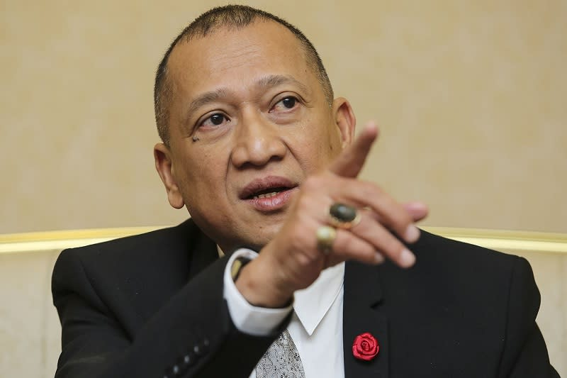 Nazri is the latest in a growing chorus of Umno leaders who have voiced opposition to the move, echoing criticism that emergency rule would have grave ramifications . — Picture by Yusof Mat Isa