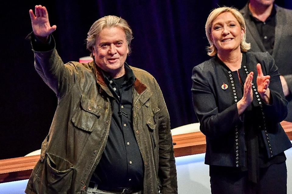 Le Pen and Steve Bannon yearn for a far-right reawakening in Europe (AFP Photo/PHILIPPE HUGUEN)
