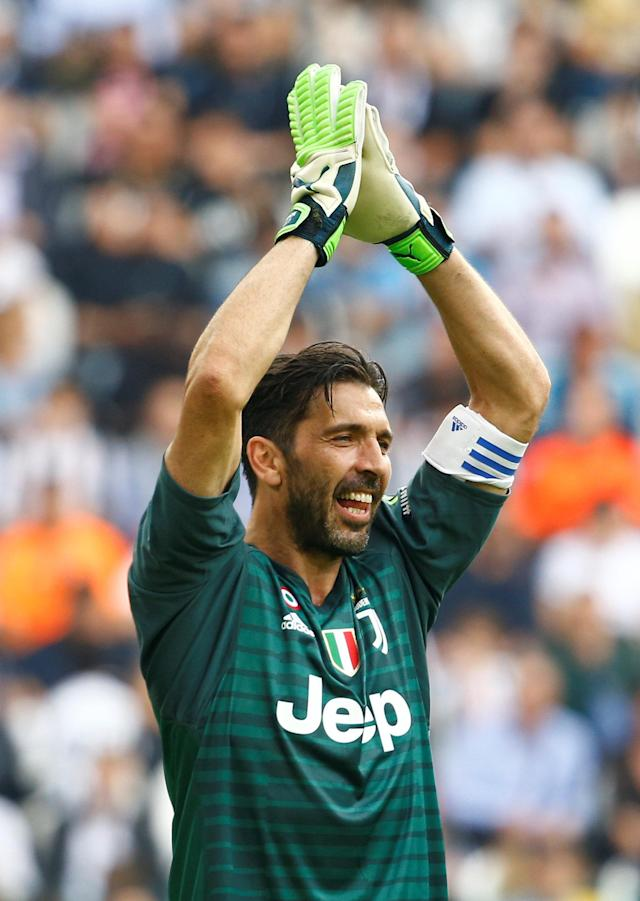 Soccer Football - Serie A - Juventus vs Hellas Verona - Allianz Stadium, Turin, Italy - May 19, 2018 Juventus' Gianluigi Buffon REUTERS/Stefano Rellandini