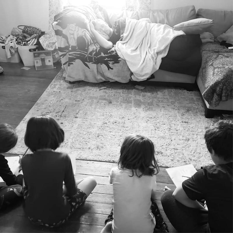 A Dad's Hilarious Hack For Keeping the Kids Quiet Is Going Viral Because, Hey, It's Pretty Ingenious!