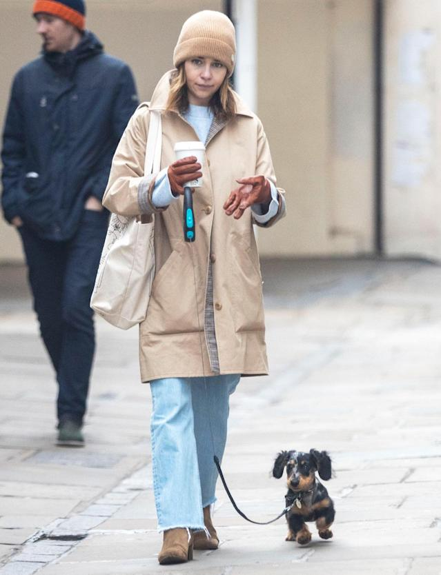 <p>Emilia Clarke and her pup take a quiet Friday stroll in London.</p>