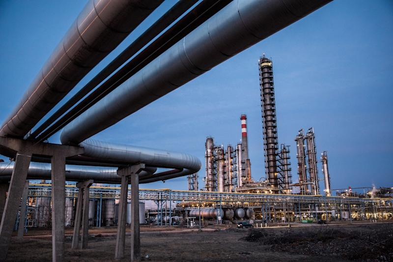 EU's Lending Arm Delays Vote on Limiting Fossil-Fuel Financing