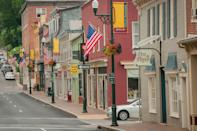 <p>Staunton, Virginia is home to a bustling small business community of over 80 specialty boutiques and 30 restaurants. </p>