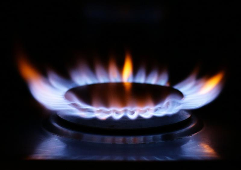 A lit ring on a gas hob at a home in north London. Photo. Picture date: Saturday February 28, 2015. Photo credit should read: Yui Mok/PA Wire