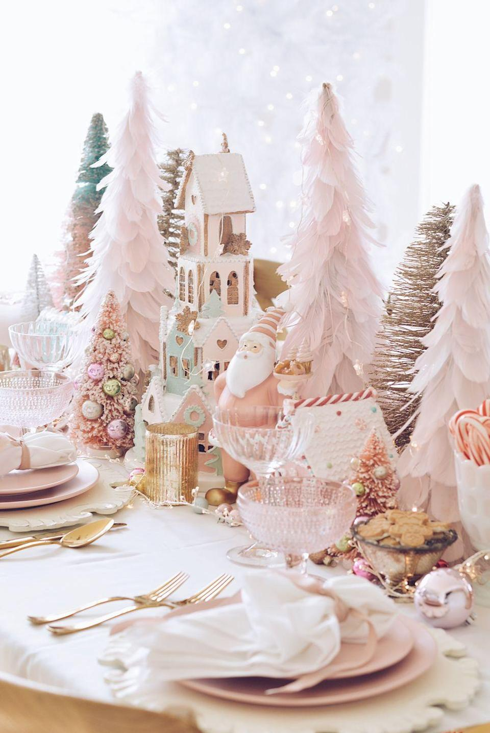 "<p>Looking for a low-maintenance way to make a big statement? Add a monochromatic centerpiece to your setup. The key is to experiment with an array of different textures. </p><p><a href=""https://www.thepinkdream.com/pink-christmas-table-decorations/"" rel=""nofollow noopener"" target=""_blank"" data-ylk=""slk:Via The Pink Dream"" class=""link rapid-noclick-resp""><em>Via The Pink Dream</em></a><br></p>"