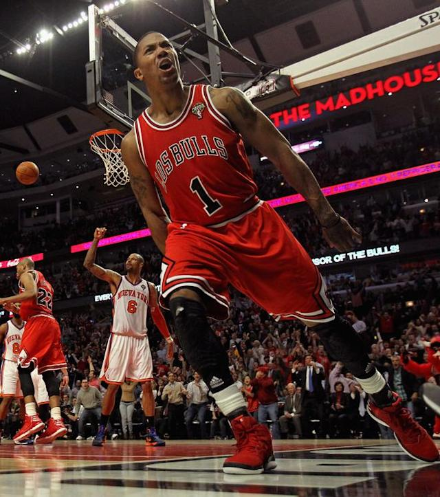 CHICAGO, IL - MARCH 12: Derrick Rose #1 of the Chicago Bulls lets out a scream after dunking the ball against the New York Knicks at the United Center on March 12, 2012 in Chicago, Illinois. The Bulls defeated the Knicks 104-99. NOTE TO USER: User expressly acknowledges and agrees that, by downloading and or using this photograph, User is consenting to the terms and conditions of the Getty Images License Agreement. (Photo by Jonathan Daniel/Getty Images)