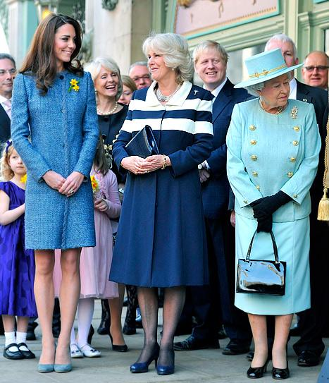 Kate Middleton, Queen Elizabeth and Duchess Camilla Wear Coordinating Outfits!