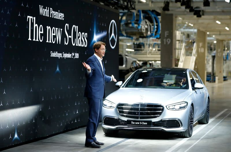 FILE PHOTO: Daimler's Mercedes-Benz presents new S-Class