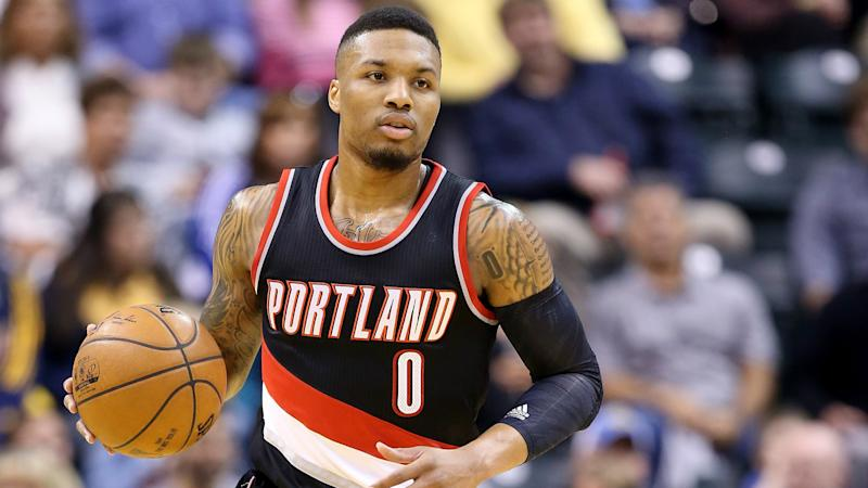 Damian Lillard has no idea what's going on with Stephen Curry's new shoe