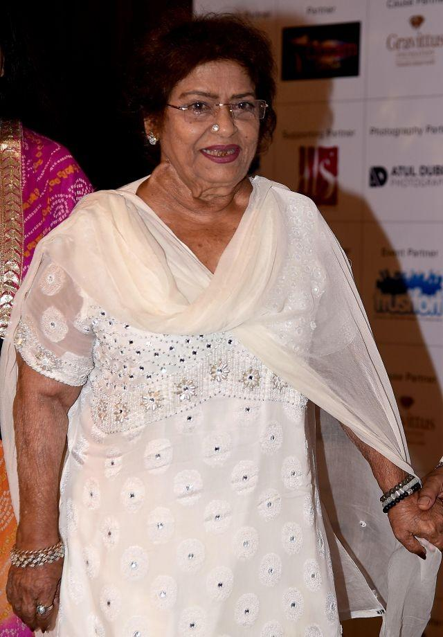 Saroj Khan, choreographer of over 2,000 Bollywood songs, dies at 71