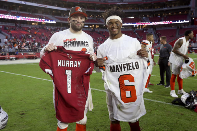 Arizona Cardinals quarterback Kyler Murray, right, and Cleveland Browns quarterback Baker Mayfield exchange jerseys after an NFL football game, Sunday, Dec. 15, 2019, in Glendale, Ariz. The Cardinals won 38-24. (AP Photo/Ross D. Franklin)