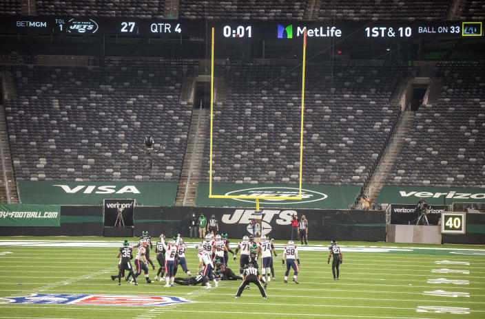 New England Patriots kicker Nick Folk (6) starts celebrating as his winning field goal clears the uprights to defeat the New York Jets in an NFL football game Monday, Nov. 9, 2020. (Andrew Mills/NJ Advance Media via AP)