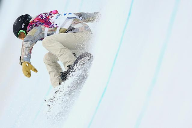 SOCHI, RUSSIA - FEBRUARY 10: Shaun White of the United States trains during Snowboard Halfpipe practice during day 3 of the Sochi 2014 Winter Olympics at Rosa Khutor Extreme Park on February 8, 2014 in Sochi, Russia. (Photo by Cameron Spencer/Getty Images)