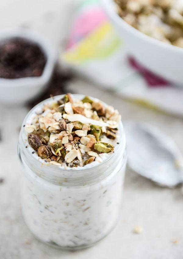 Pistachio pineapple overnight oats