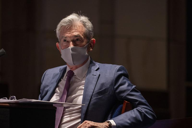 Powell Highlights Imperative of Curbing Virus for Rebound