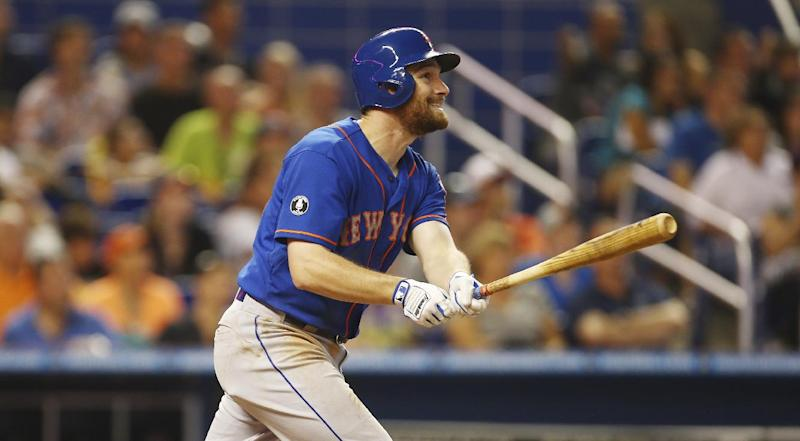 Mets tie season high with 17 hits, beat Miami 11-5