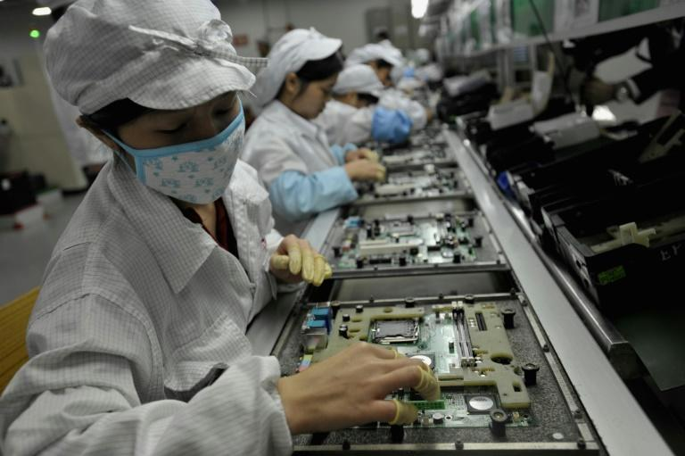 Appetite for iPhone parts spurs Taiwan economic growth
