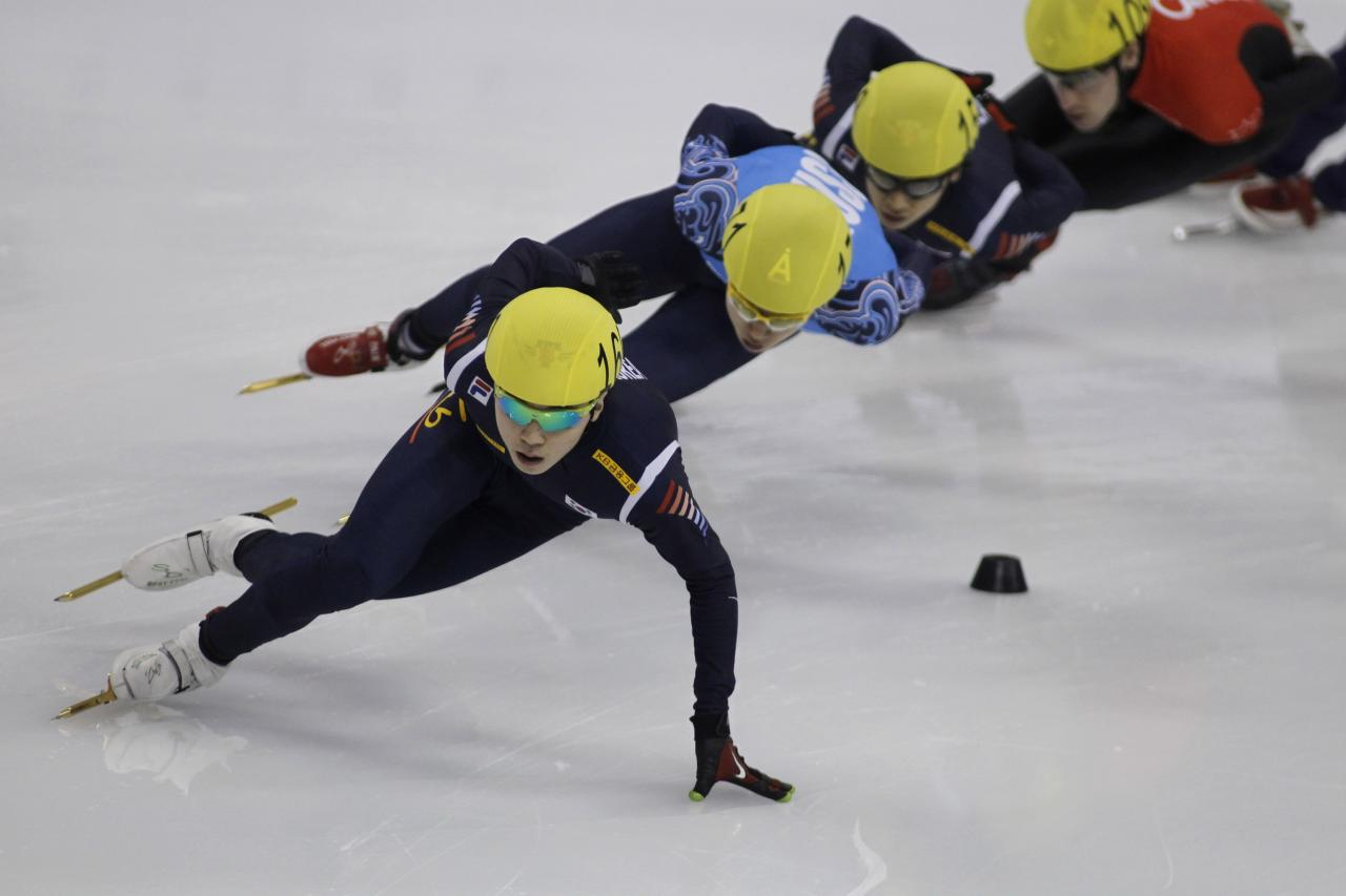 SHANGHAI, CHINA - DECEMBER 09:  (L-R) Jinkyu Noh of Korea, Victor An of Russia, Yoon-Gy Kwak of Korea, Michael Gilday of Canada compete in the Men's 1000m Final during the day two of the ISU World Cup Short Track at the Oriental Sports Center on December 9, 2012 in Shanghai, China.  (Photo by Hong Wu/Getty Images)