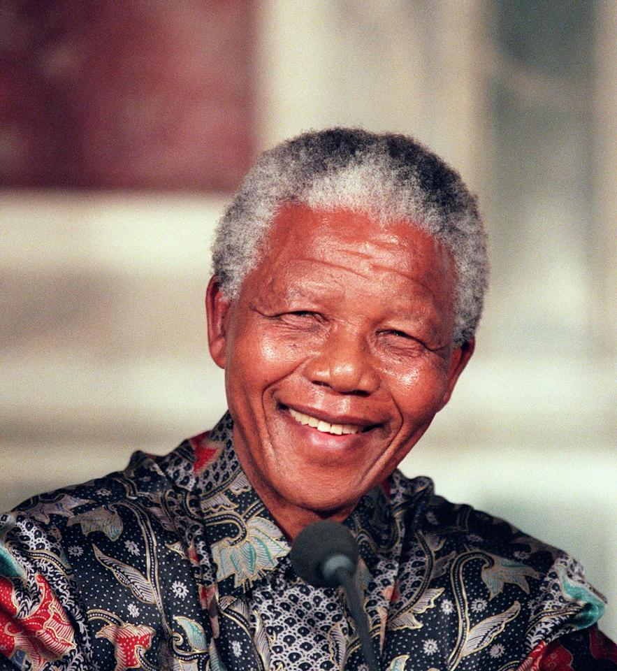 <p>South African President Nelson Mandela in Paris as he answers journalists' questions during his official visit to France in July 1996.</p>