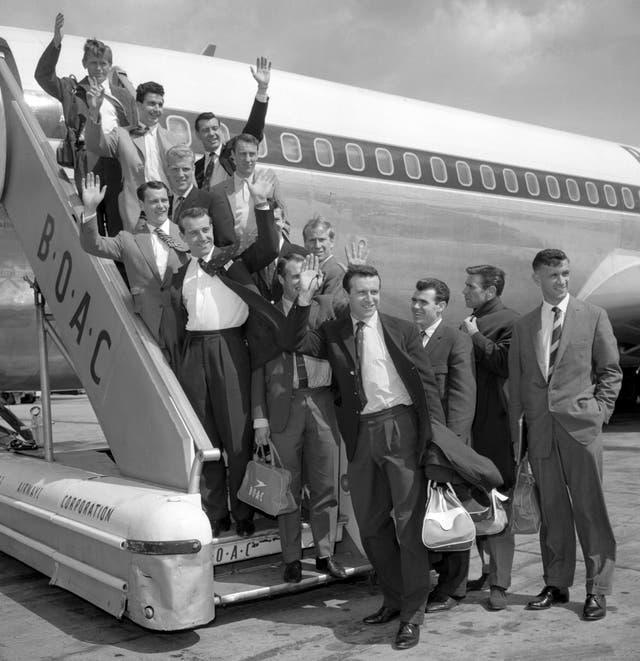 England's World Cup squad get set to fly to Chile in 1962