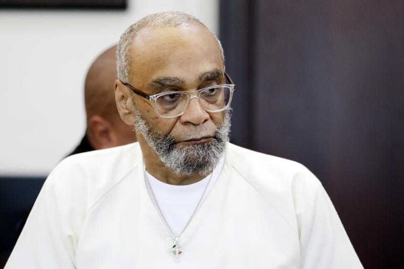 Abu-Ali Abdur'Rahman attends a hearing Wednesday, Aug. 28, 2019, in Nashville, Tenn. Abdur'Rahman, who was convicted of murder and is scheduled to be executed next April, claims that prosecutors' racially motivated dismissal of potential black jurors resulted in an unfair trial. A court order presented at the hearing will convert Abdur'Rahman's death sentence to a sentence of life in prison if approved by the judge. (AP Photo/Mark Humphrey)