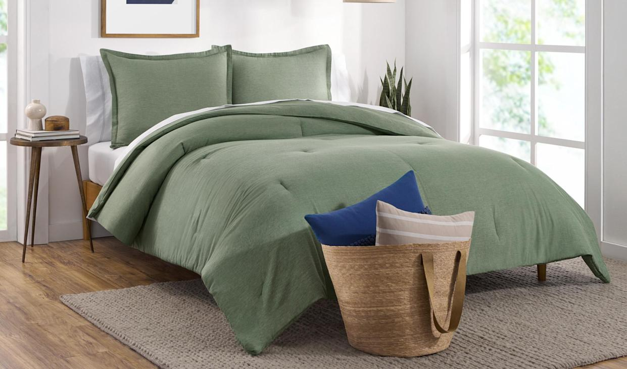 Upgrade your bedding for $55! (Photo: Walmart)