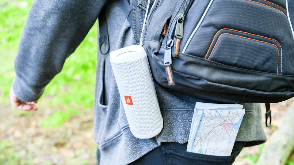 The best gifts for travelers: JBL Flip 4 Portable Bluetooth Speaker