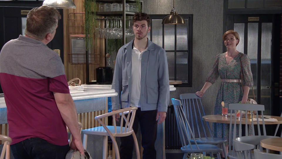 FROM ITV  STRICT EMBARGO - No Use before Tuesday 13th July 2021  Coronation Street - Ep 10381  Monday 19th July 2021 - 2nd Ep  Steve McDonald [SIMON GREGSON] assumes Curtis [SAM RETFORD] is cheating on Emma and tears a strip off him and leaves  Picture contact David.crook@itv.com   This photograph is (C) ITV Plc and can only be reproduced for editorial purposes directly in connection with the programme or event mentioned above, or ITV plc. Once made available by ITV plc Picture Desk, this photograph can be reproduced once only up until the transmission [TX] date and no reproduction fee will be charged. Any subsequent usage may incur a fee. This photograph must not be manipulated [excluding basic cropping] in a manner which alters the visual appearance of the person photographed deemed detrimental or inappropriate by ITV plc Picture Desk. This photograph must not be syndicated to any other company, publication or website, or permanently archived, without the express written permission of ITV Picture Desk. Full Terms and conditions are available on  www.itv.com/presscentre/itvpictures/terms
