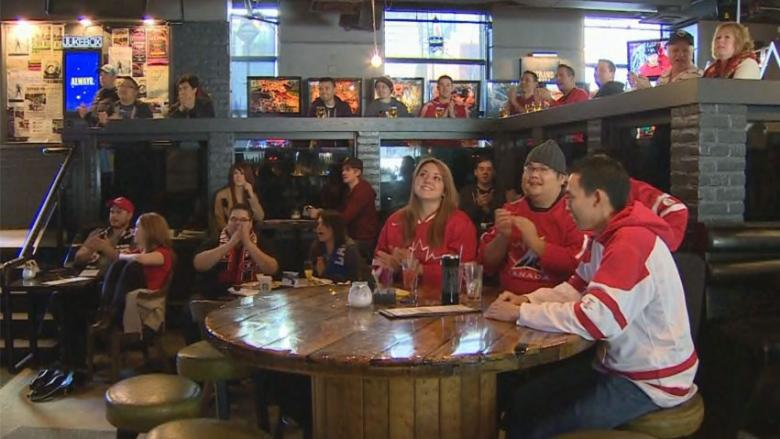 The provincial government is allowing extended bar hours for the men's Olympic hockey medal games.