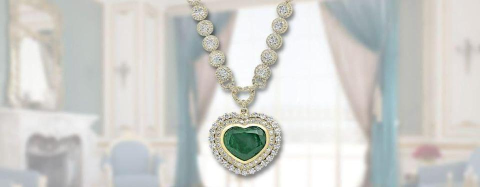 Dazzlingrock Collection Heart Colombian Emerald & Round White Diamond Halo Style Necklace