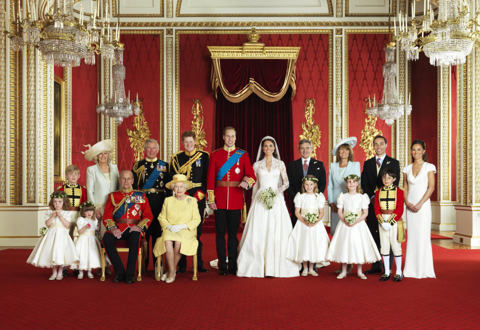 Britain's Prince William and his bride Catherine, Duchess of Cambridge (C), pose for an official photograph, with their families, on the day of their wedding, in the throne room at Buckingham Palace, in central London April 29, 2011.   (Front row L-R) Grace van Cutsem, Eliza Lopes, Prince Philip, Britain's Queen Elizabeth, Margarita Armstrong-Jones, Louise Windsor, William Lowther-Pinkerton. (Back Row L-R) Tom Pettifer, Camilla, Duchess of Cornwall, Prince Charles, Prince Harry, Michael Middleton, Carole Middleton, James Middleton, Pippa Middleton. Photograph taken on April 29, 2011.  (ROYAL WEDDING)   REUTERS/Hugo Burnand/Clarence House/Handout    (BRITAIN - Tags: ENTERTAINMENT SOCIETY ROYALS IMAGES OF THE DAY) NO COMMERCIAL OR BOOK SALES. FOR EDITORIAL USE ONLY. NOT FOR SALE FOR MARKETING OR ADVERTISING CAMPAIGNS. THIS IMAGE HAS BEEN SUPPLIED BY A THIRD PARTY. IT IS DISTRIBUTED, EXACTLY AS RECEIVED BY REUTERS, AS A SERVICE TO CLIENTS