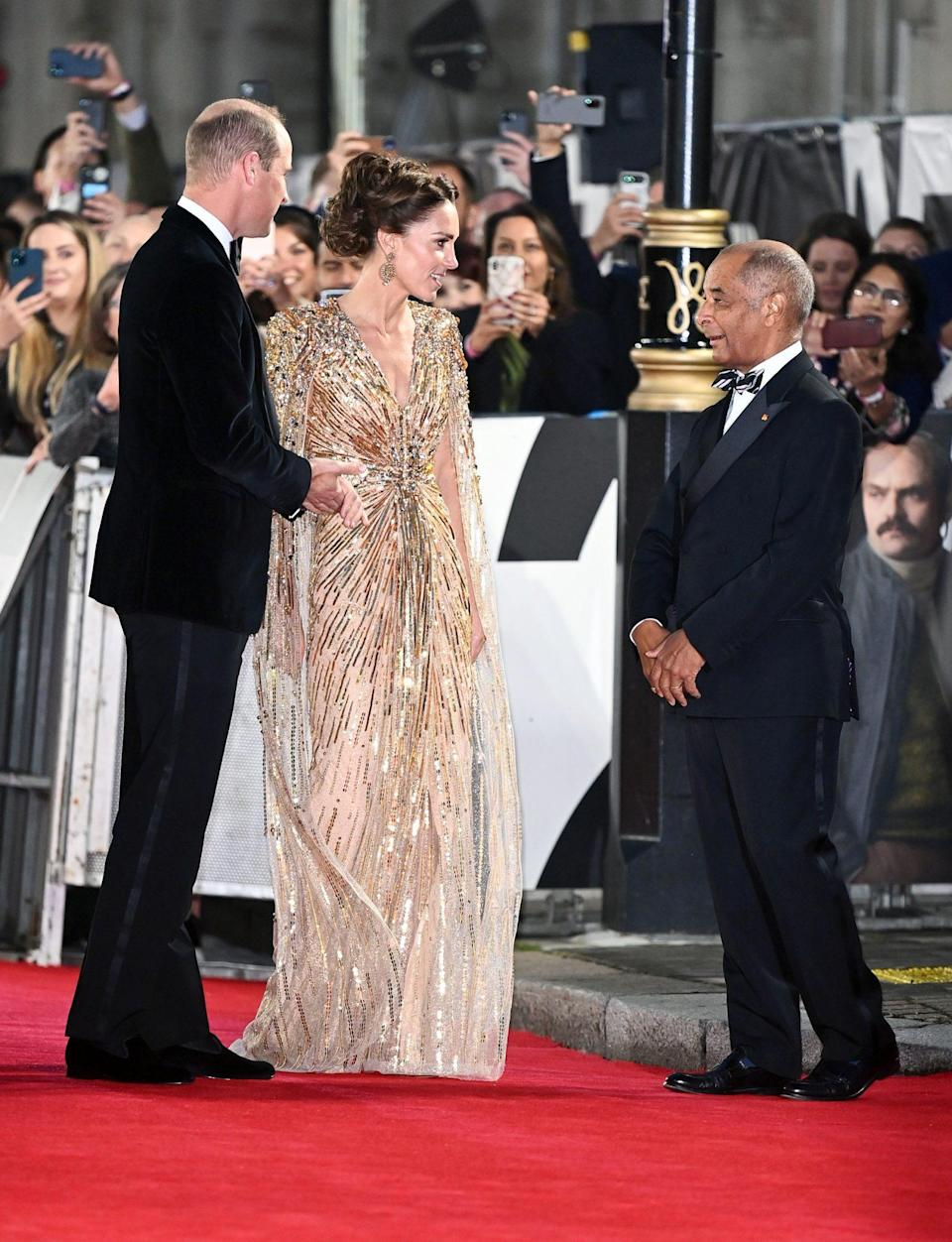 <p>Will and Kate sported big smiles all evening, as crowds looked on.</p>