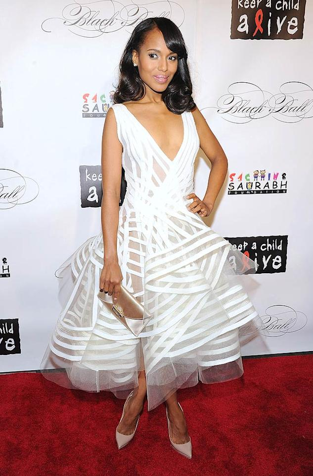 Kerry Washington was a vision in her white Donna Karan creation. But do you think she was a fashion dream ... or a nightmare? (11/3/2011)