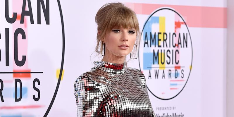 Confusion Abounds Over Taylor Swift's Performance at the American Music Awards 2019