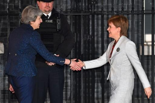 <p>UK Govt wins first votes to amend key Brexit bill in Parliament</p>