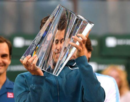 Federer, Thiem into Indian Wells final as Nadal hobbles out
