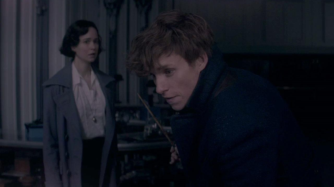 Katherine Waterston and Eddie Redmayne as Tina and Newt in 'Fantastic Beasts' (Warner Bros.)