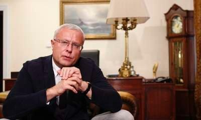 Alexander Lebedev May Sell Russian Assets