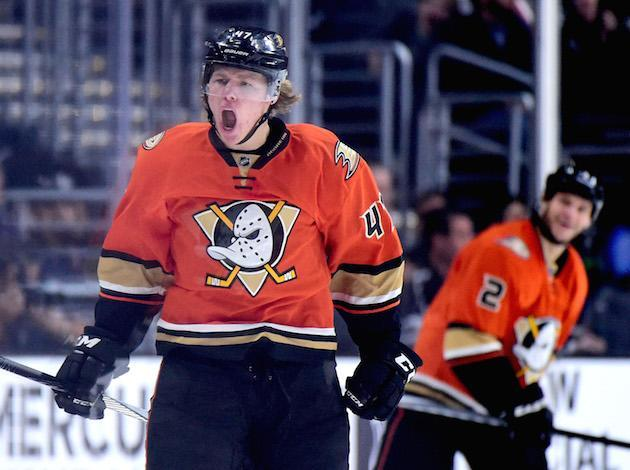 """LOS ANGELES, CA – FEBRUARY 04: <a class=""""link rapid-noclick-resp"""" href=""""/nhl/players/5686/"""" data-ylk=""""slk:Hampus Lindholm"""">Hampus Lindholm</a> #47 of the <a class=""""link rapid-noclick-resp"""" href=""""/nhl/teams/ana/"""" data-ylk=""""slk:Anaheim Ducks"""">Anaheim Ducks</a>. (Photo by Harry How/Getty Images)"""