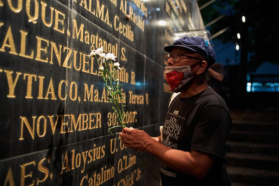 FILE PHOTO: Filipino journalists gathered at the Monument of Heroes to offer prayers and flowers to fallen colleagues on the anniversary of Martial Law in the Philippines on September 21, 2020 in Manila, Philippines. (Source: Jes Aznar/Getty Images)