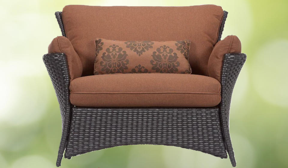 Lowe's doesn't call this a loveseat...but can we just say: We love this seat?! (Photo: Lowe's)