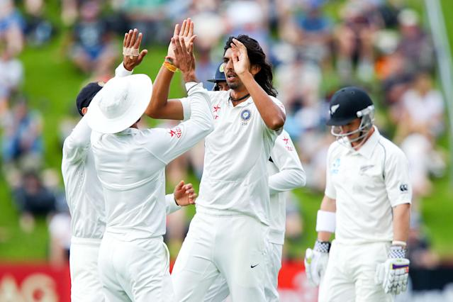 WELLINGTON, NEW ZEALAND - FEBRUARY 14: Ishant Sharma of India celebrates after taking the wicket of Hamish Rutherford of New Zealand during day one of the 2nd Test match between New Zealand and India on February 14, 2014 in Wellington, New Zealand. (Photo by Hagen Hopkins/Getty Images)