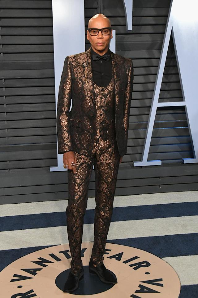 <p>The TV host will <em>not</em> be lip syncing for his life after rocking this fabulously flashy tux. (Photo: Jon Kopaloff/WireImage) </p>
